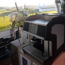 Everrent - Cameo espresso machine op meubel - KLM Dutch Open